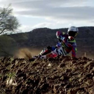Motocross Cornering Tips – How to Roll Through the Corners Smoothly
